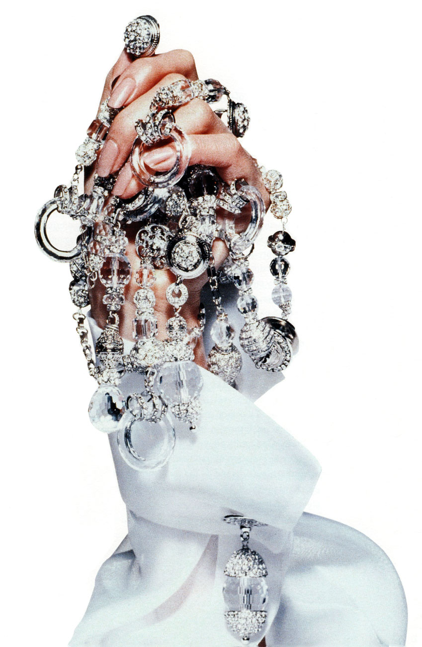 Gianfranco Ferre Jewellery Campaign Fall/Winter 1994-1995 (photography: Tyen)