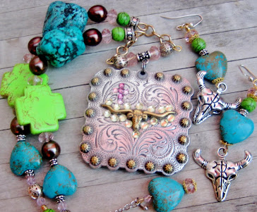 Cowgirls Untamed Necklace Sets