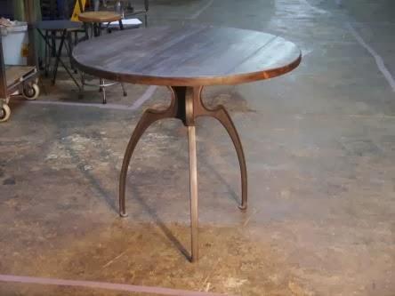 Mesa Sitges, estilo industrial vintage.