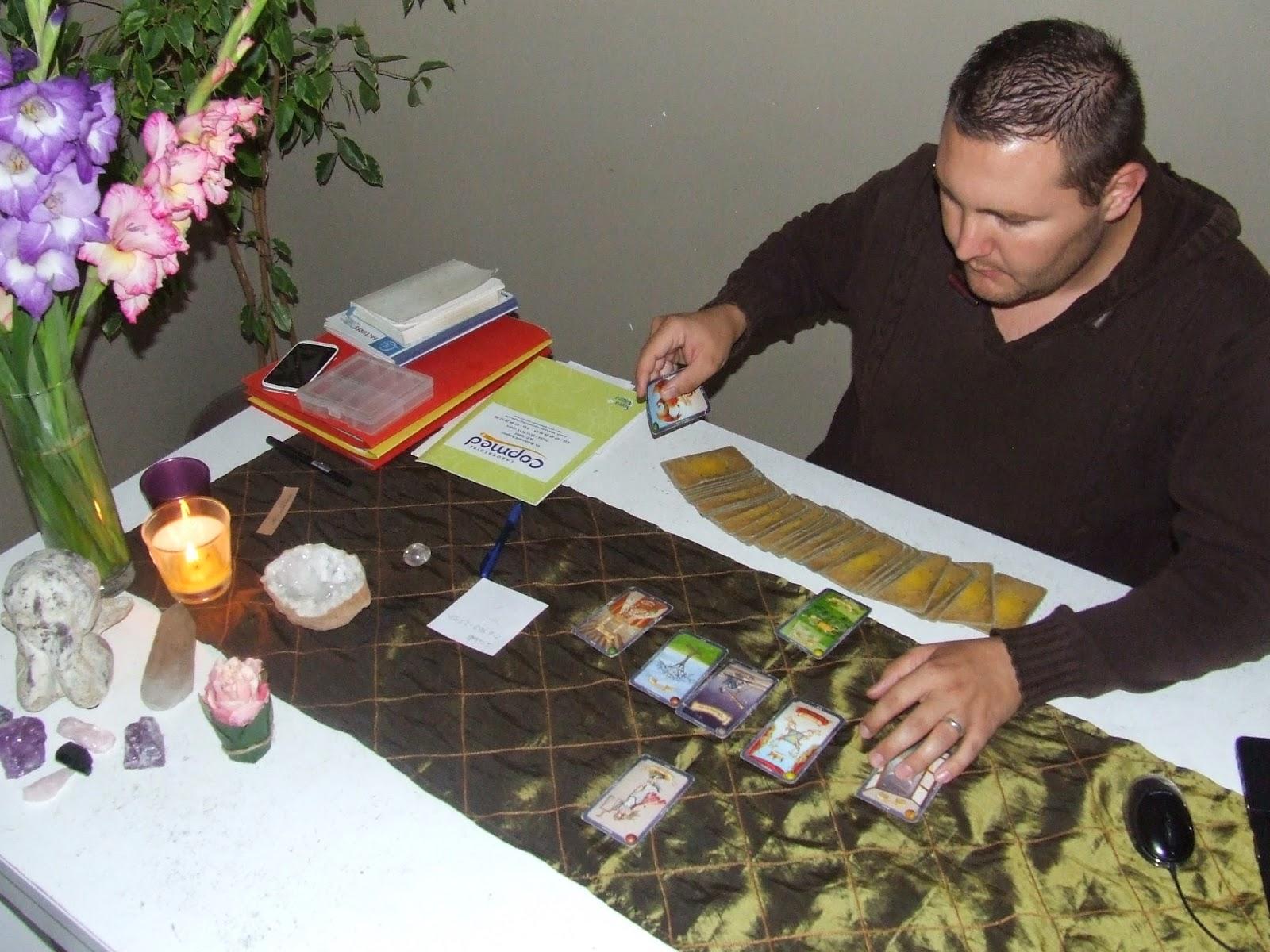 Nicolas Duquerroy votre médium spirituel spécialiste des Anges