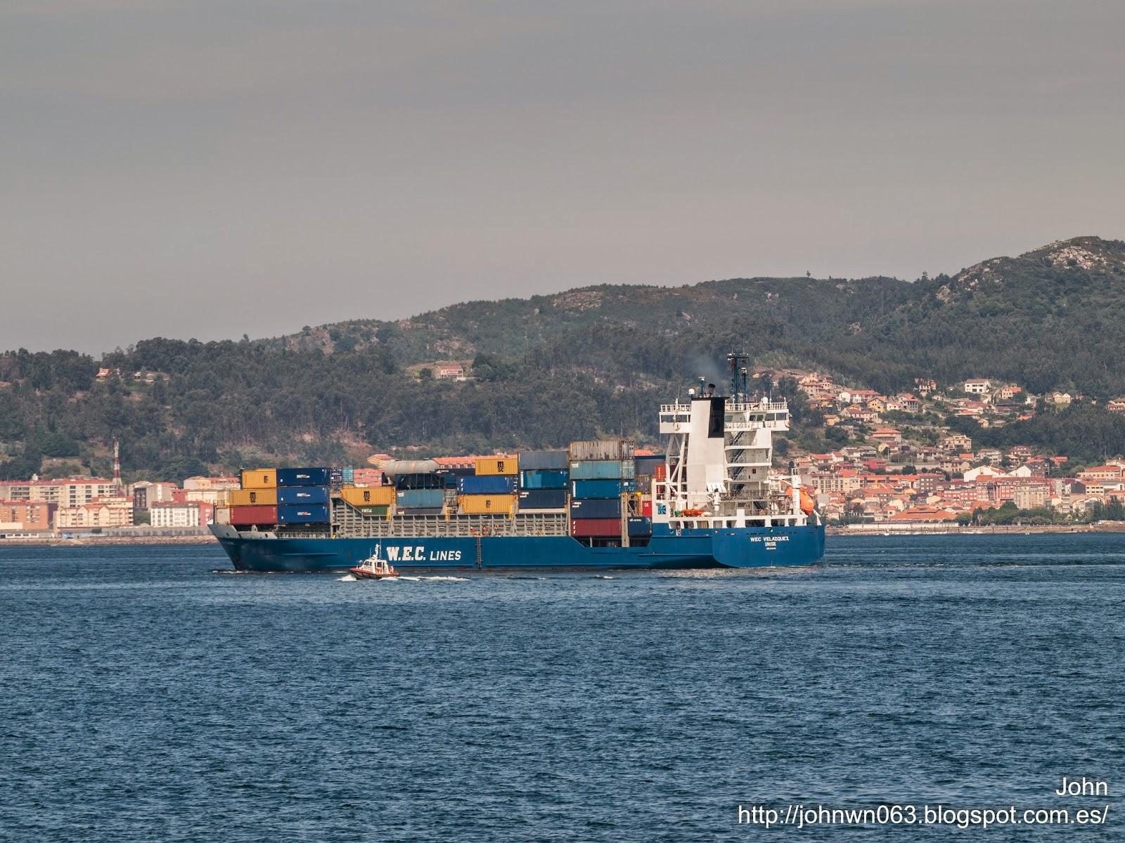 fotos de barcos, imagenes de barcos, wec velazquez, contenedores, feeder, vigo