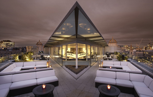 Radio Rooftop Bar and Restaurant at ME London