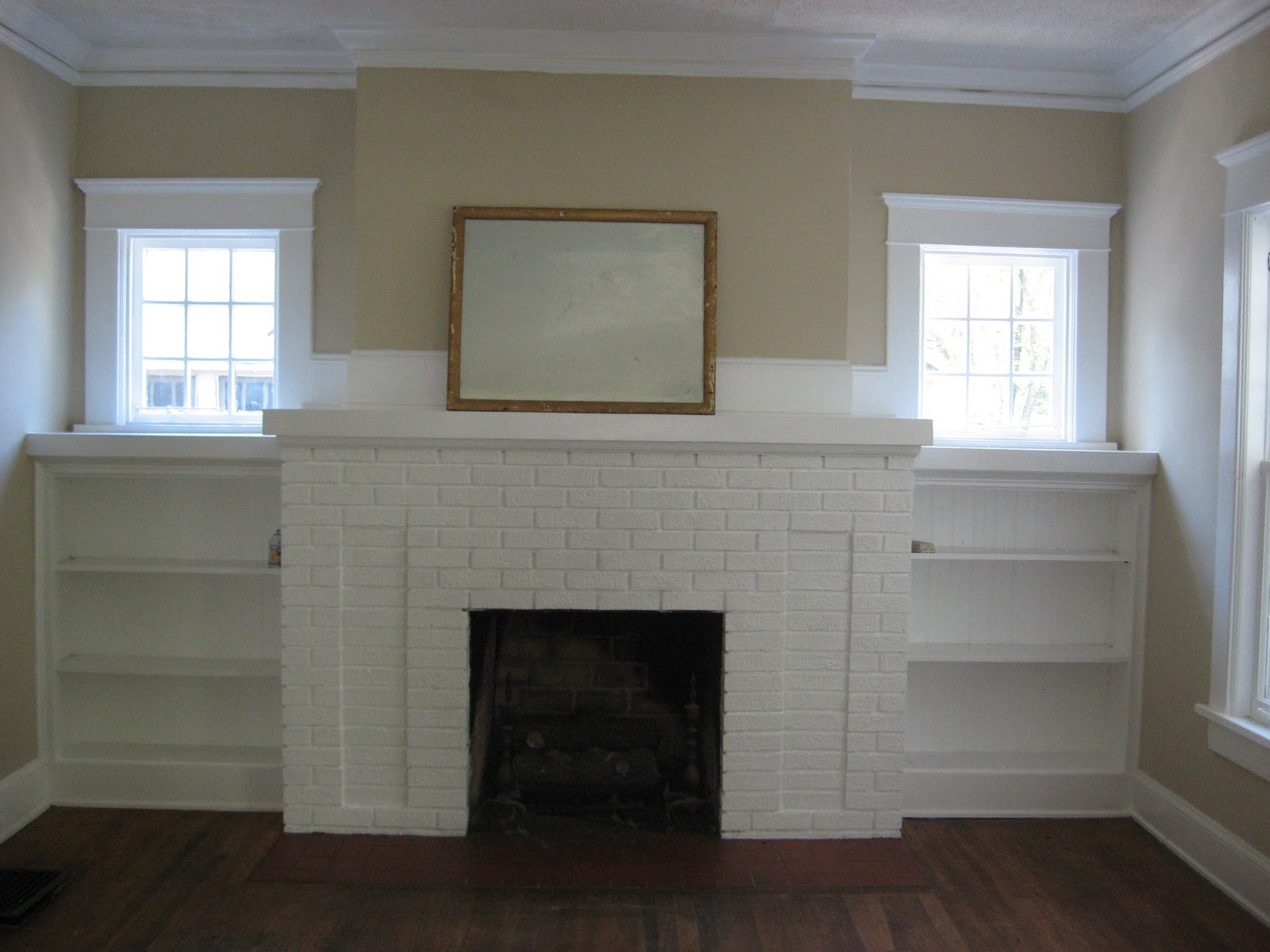 Pretty old houses guest blogger our urban bungalow for Bungalow fireplace ideas