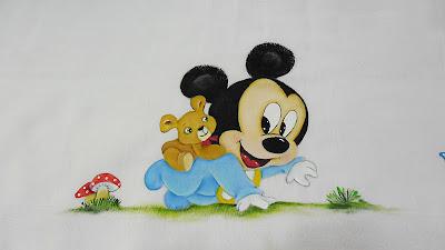 pintura fralda mickey com ursinho