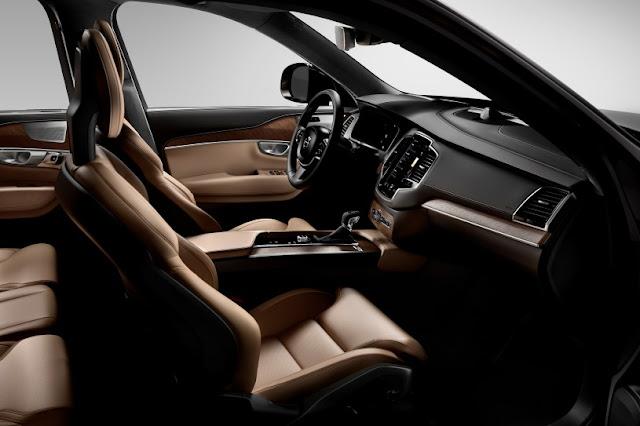 2016 New Volvo XC90 T6 future car interior dashboard view