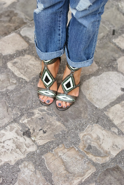Ash grey sandals, aztec decor, Fashion and Cookies, fashion blogger