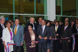Leonel inaugura Comunity College en San Luis