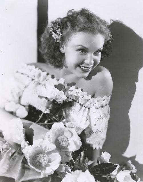 Margo glamour shot