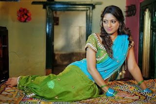 Udaya Bhanu & Madhumathi HD Wallpapers (3).JPG