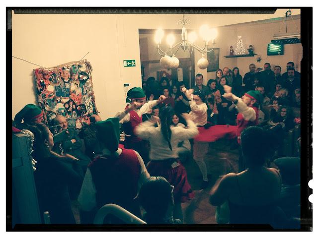Actuacao Grupo Folclorico Ribatejano Lar Sao Miguel Nao ha Cardosas festa de natal 2014