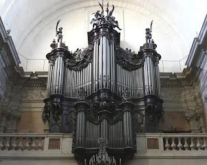 Marie-Cécile Lahor, titulaire des orgues de la Basilique Notre Dame des Tables, à Montpellier