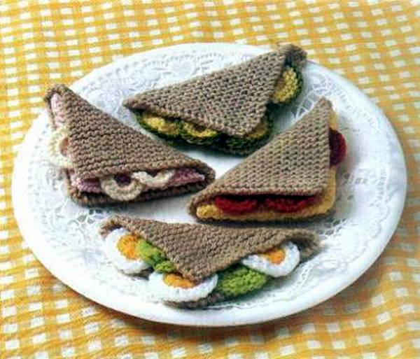Creative Knitted Food Art (18 pics)