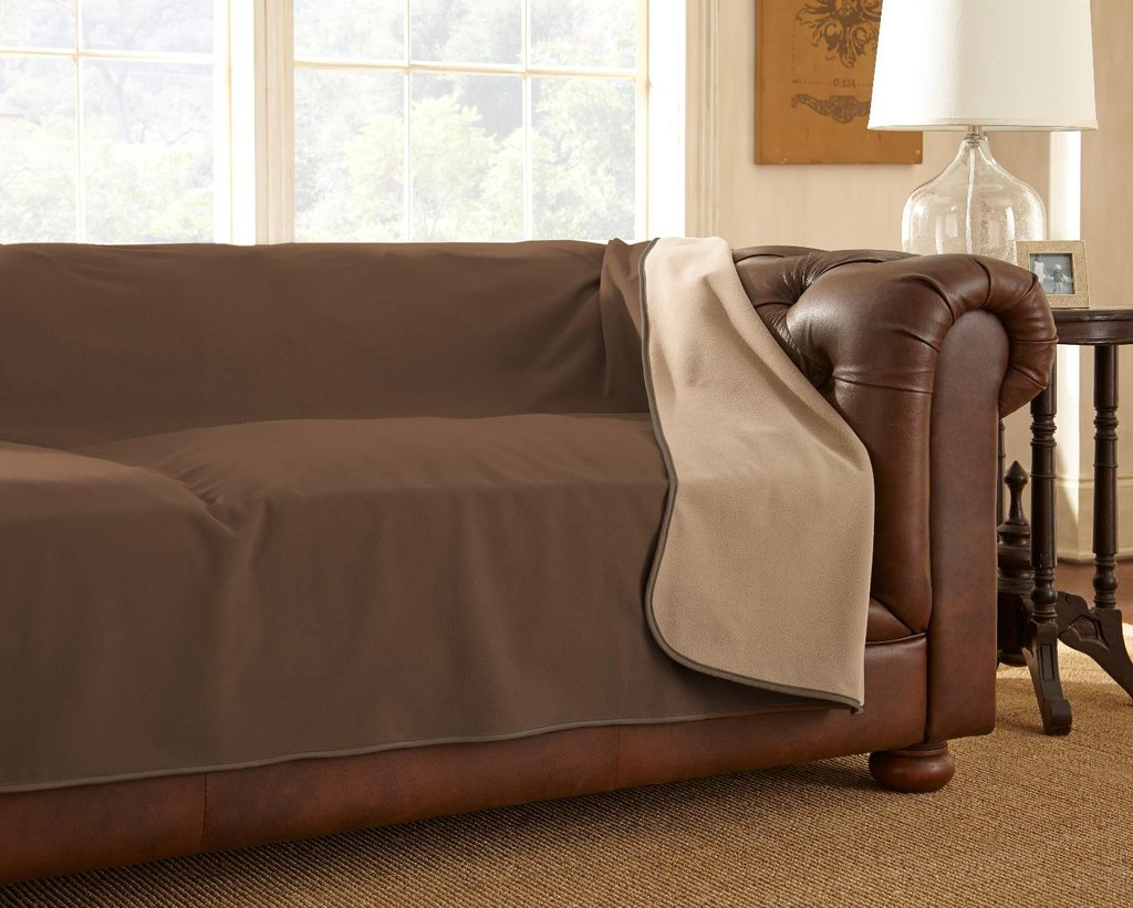 The Husky Review 100 Waterproof Mambe Furniture Cover
