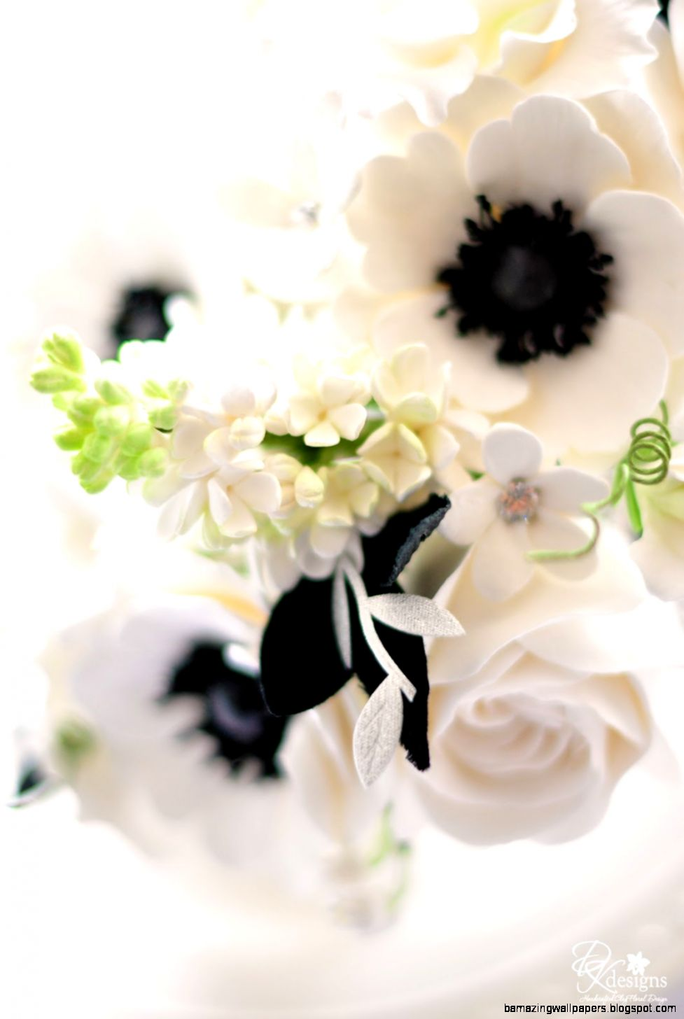 DK Designs White and Black Bouquet for a Southern