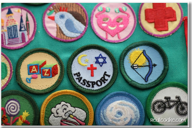 How to Sew on a Patch from realcoake.com