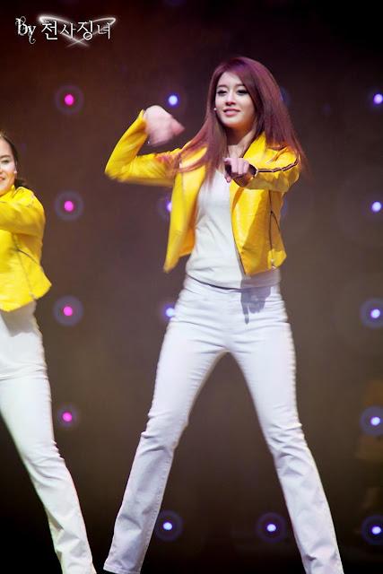 jiyeon fashion,أنيدرا
