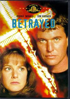 descargar Betrayed – DVDRIP LATINO