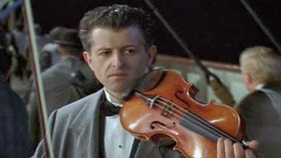 Violino do Titanic, Titanic, navio que afundou, violino encontrado.