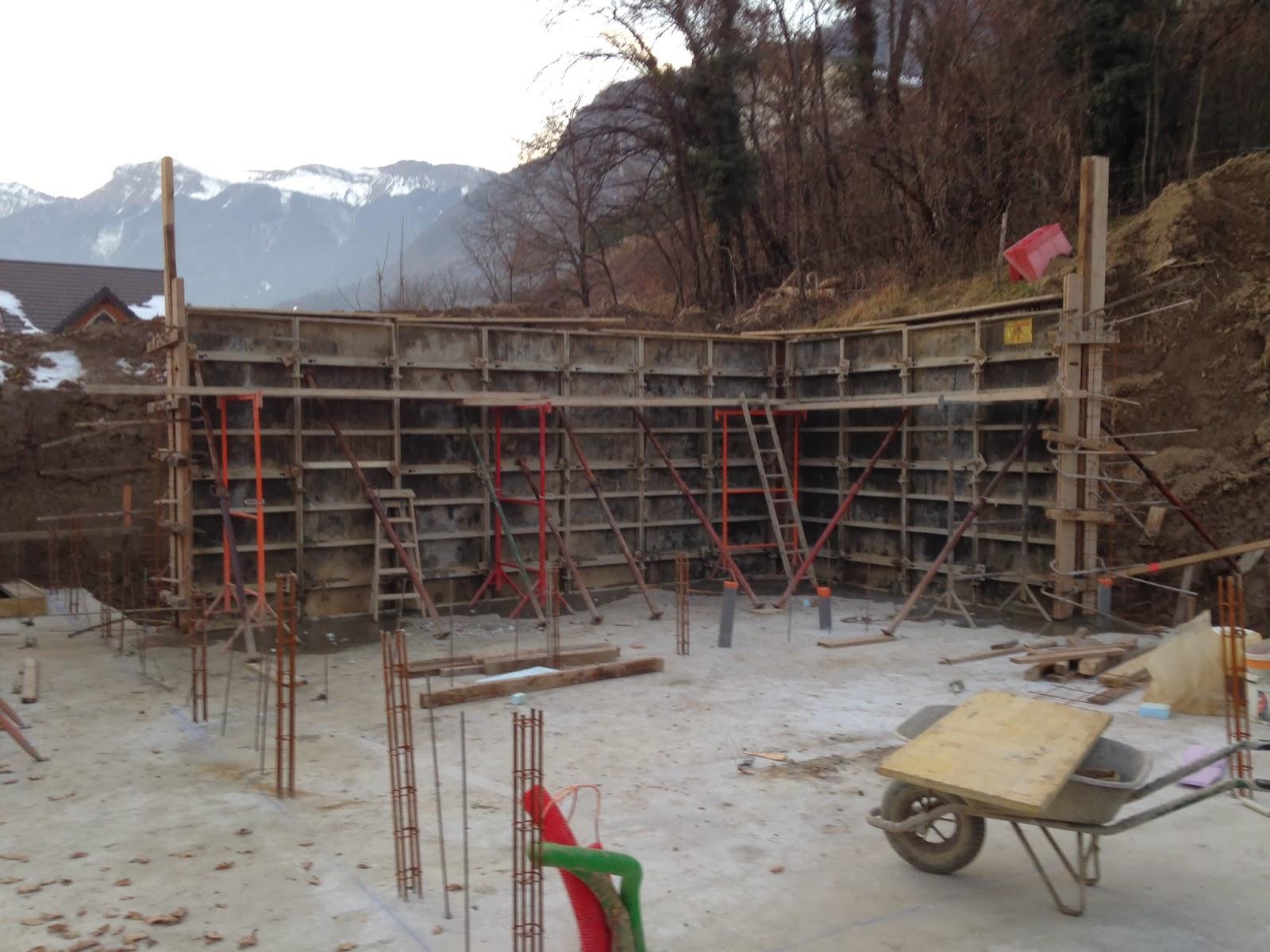 Notre maison en bois les fondations - Difference entre ciment et beton ...