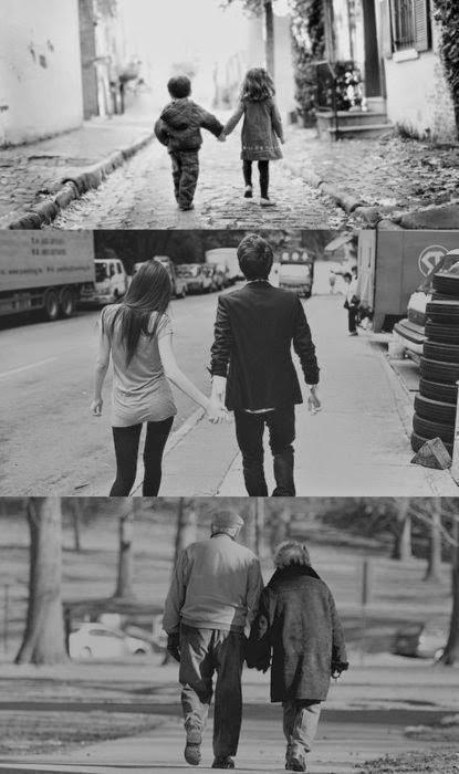 Aşkta önemli olan aynı elleri tutmak değil, Bir ömür hiç bırakmamaktır…