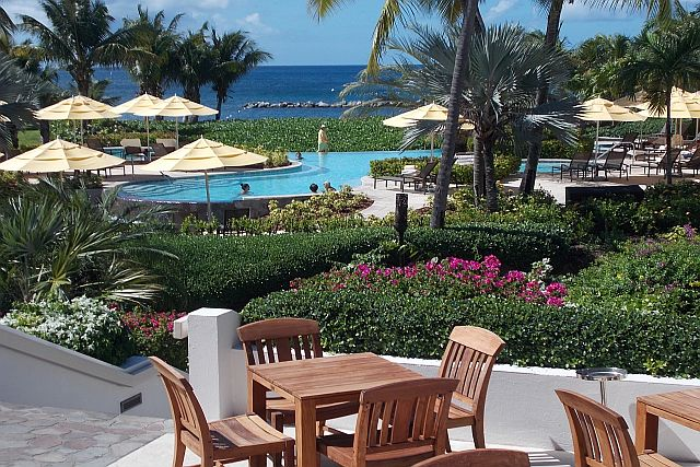 Travel better with bob taylor nevis the little caribbean for Small little luxury hotels