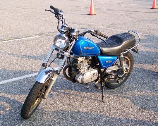 Fotos Suzuki GN 125