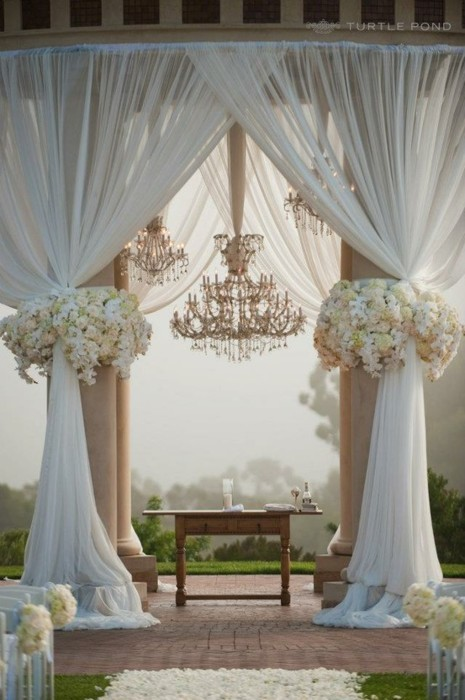 Buy Outdoor Wedding Decorations : This is a seriously fabulous find i love the light tone on