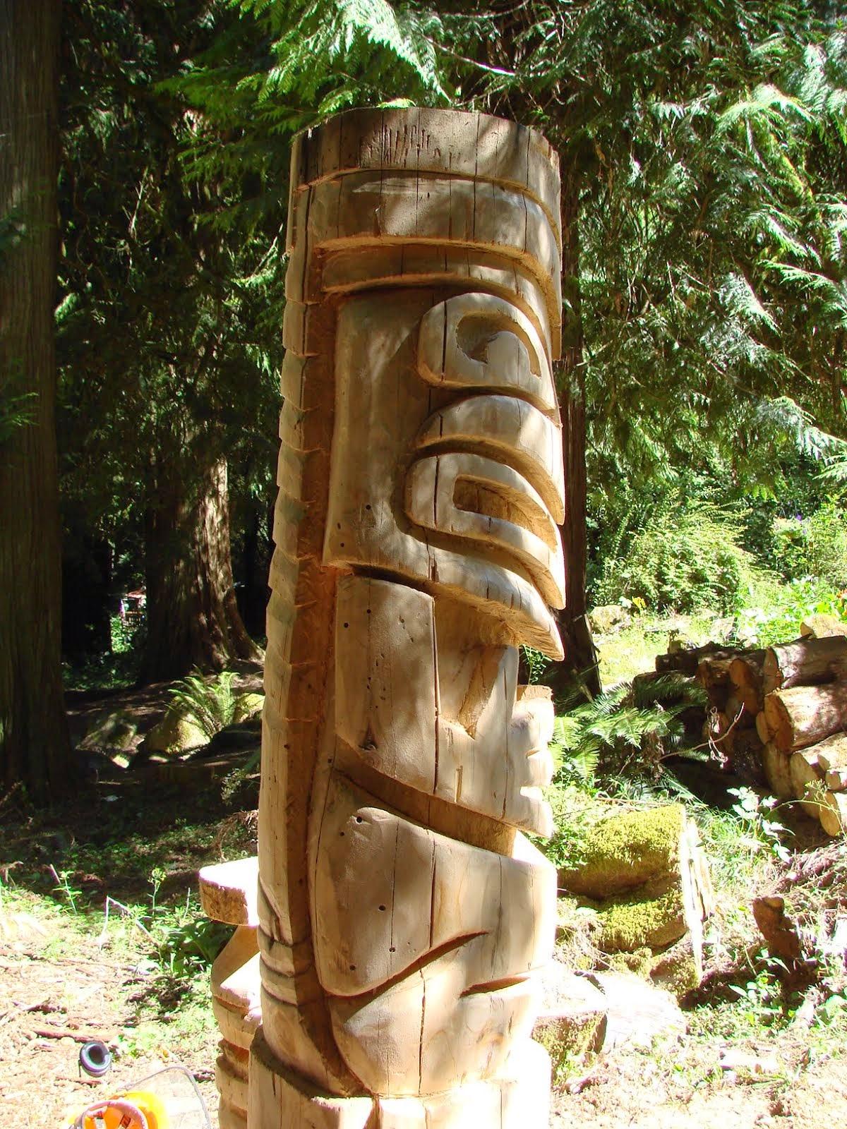 The top carving looks Alaskan.