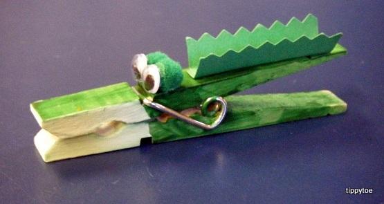 Tippytoe Crafts Crocodile Magnets