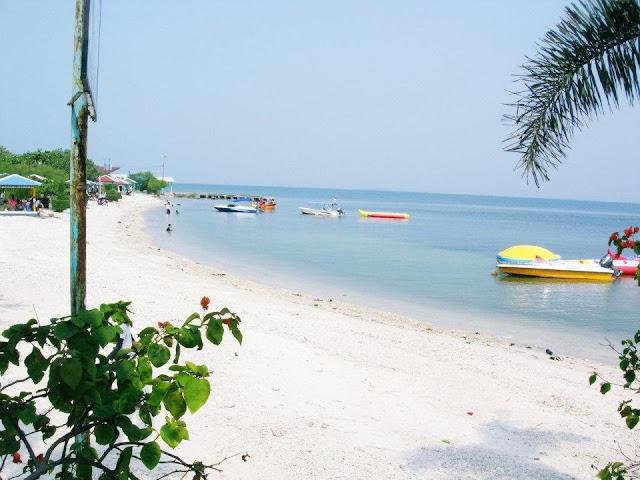 Keindahan Pulau Untung Jawa