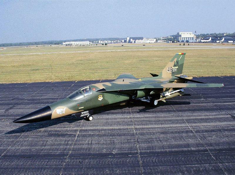 "Fast Cars Online: F-111 ""Aardvark"""