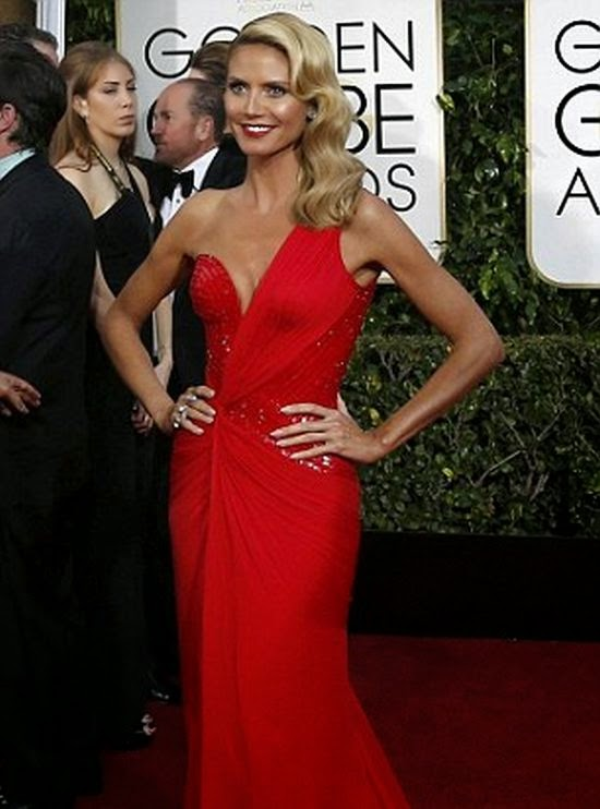 Though all eyes were definitely on her! The 41-year-old effortlessly stole's every one breath in a special red lon gown on the 72th Annual Golden Globe Awards.
