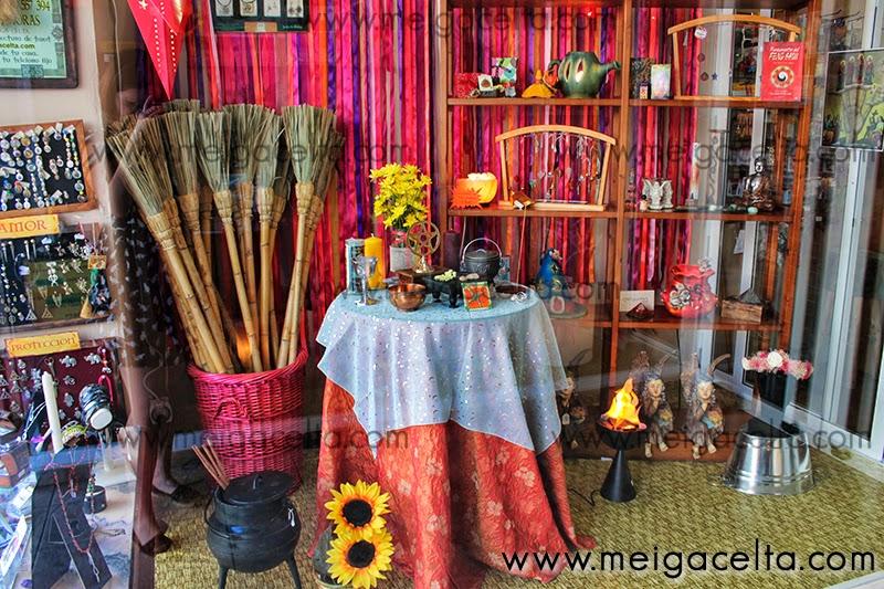 Meiga Celta Diosas Leyendas Ritual San Juan Litha Solsticio de Verano Hogueras Buena Suerte Galicia