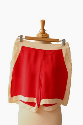 Red contrast shorts