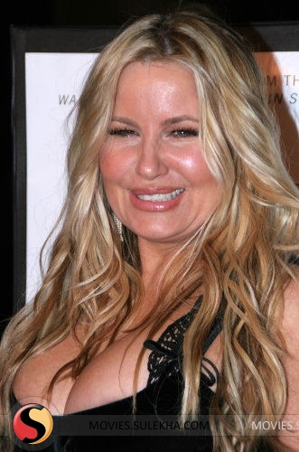 Jennifer Coolidge Nude