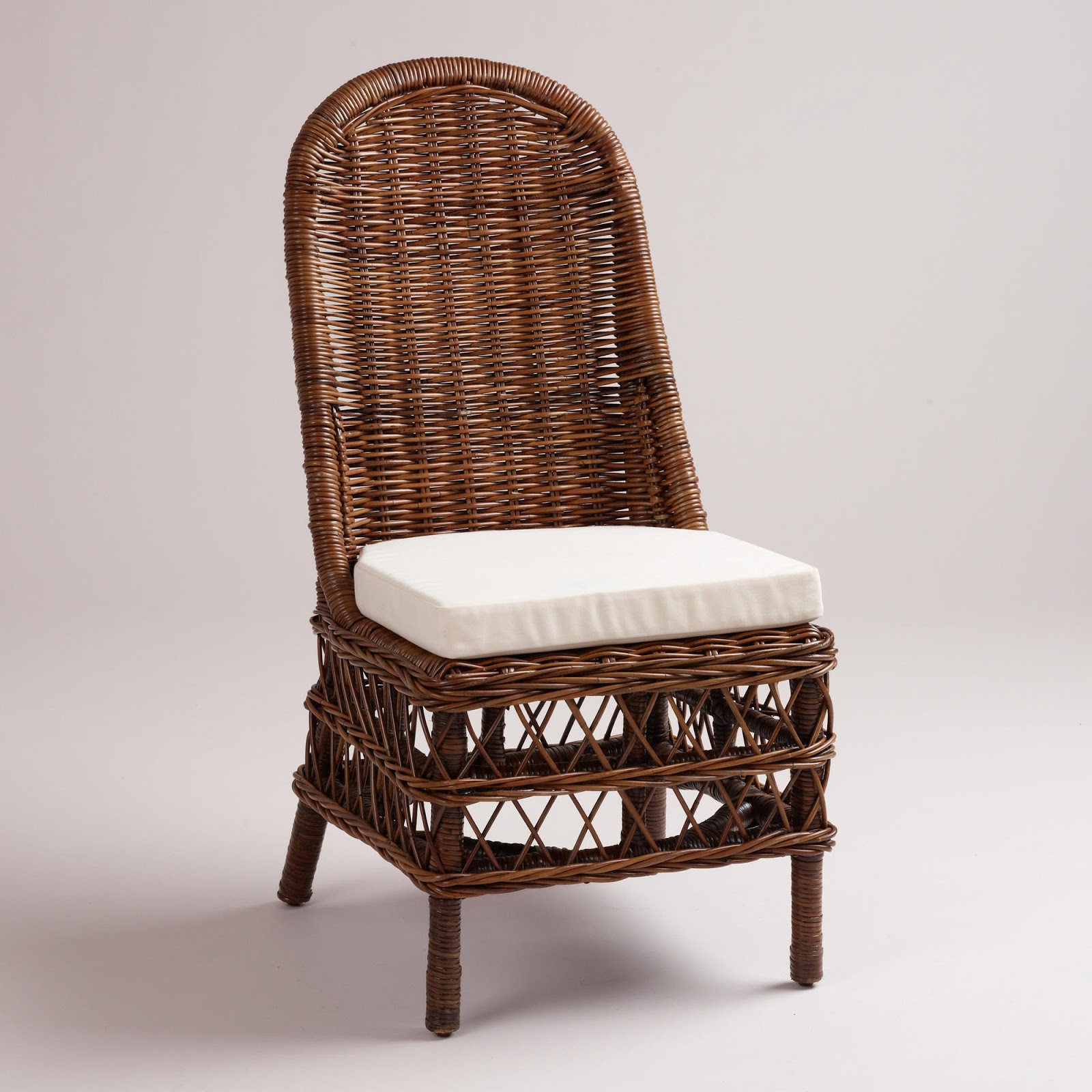 Vignette design musical rattan chairs for Wicker dining room chairs