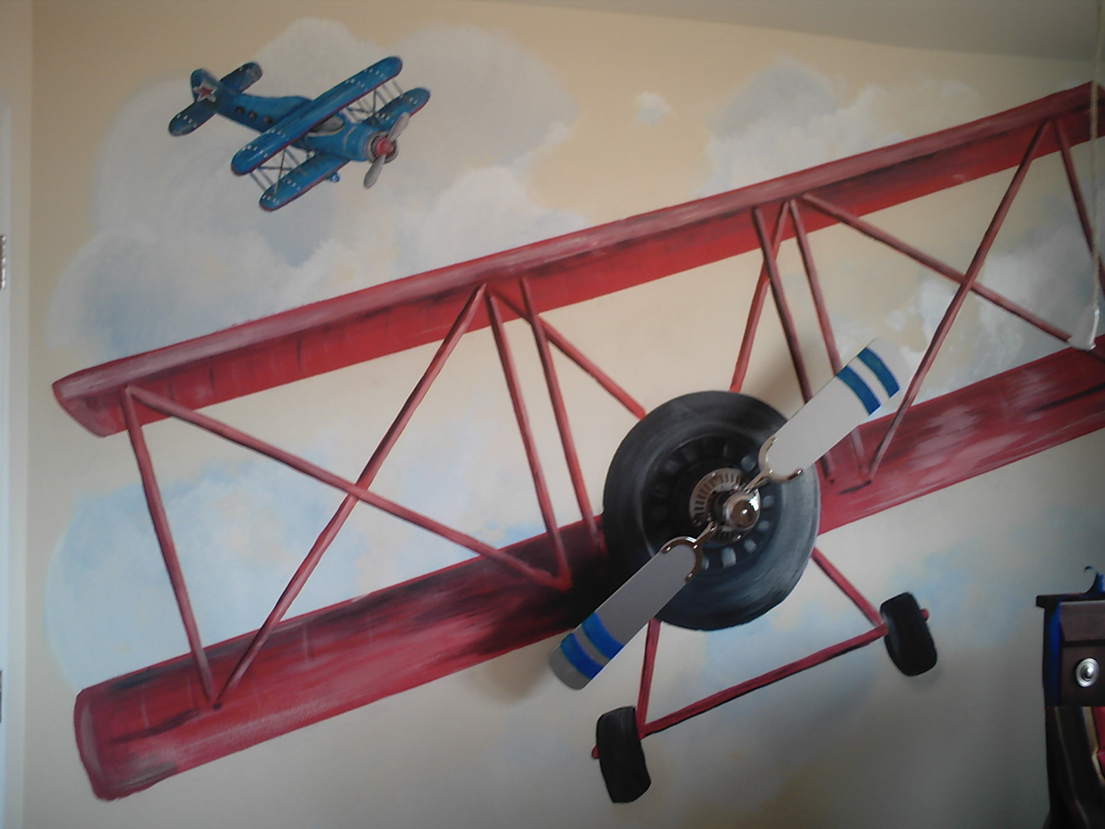 Boys airplane room design dazzle for Airplane decoration