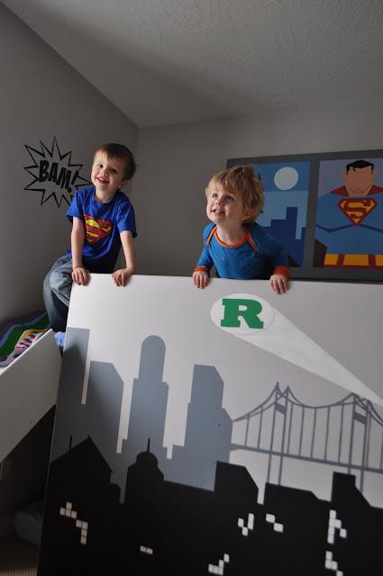 Une chambre de super h ros - Deco chambre super heros ...