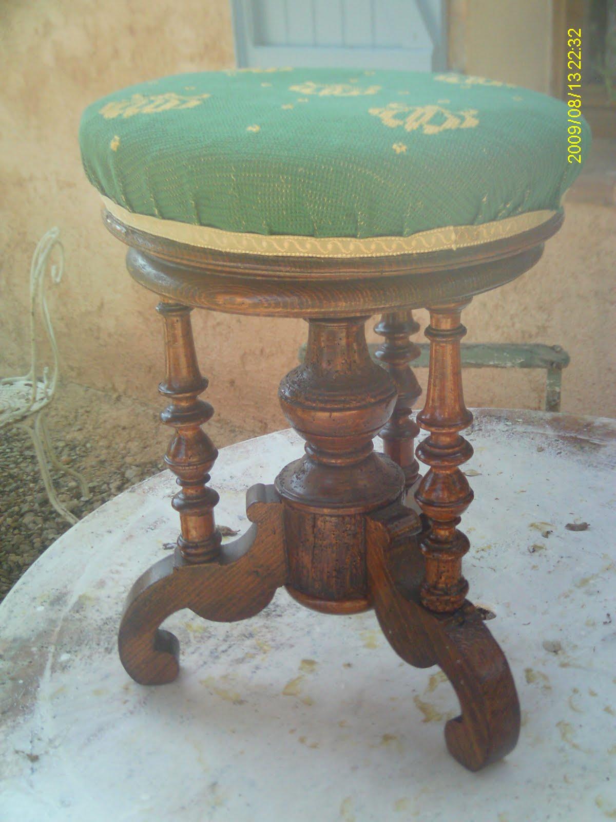 ancien tabouret de piano bois napol on iii empire restauration i. Black Bedroom Furniture Sets. Home Design Ideas