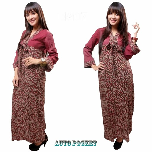 model-baju-batik-long-dress-3