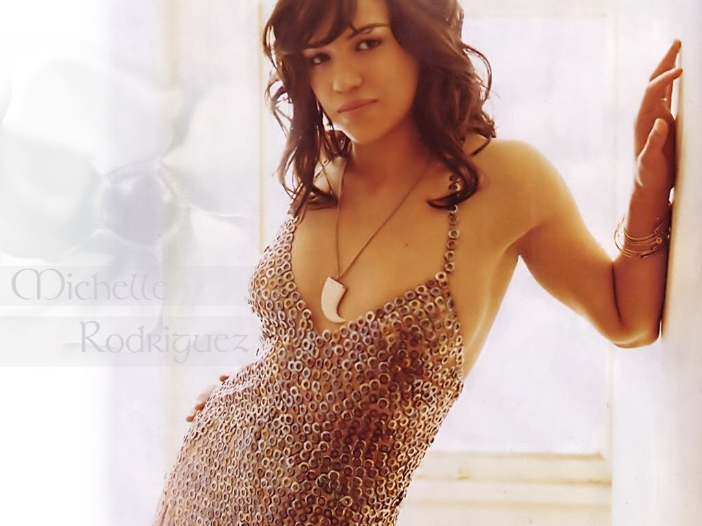 Michelle Rodriguez Without Bra 6