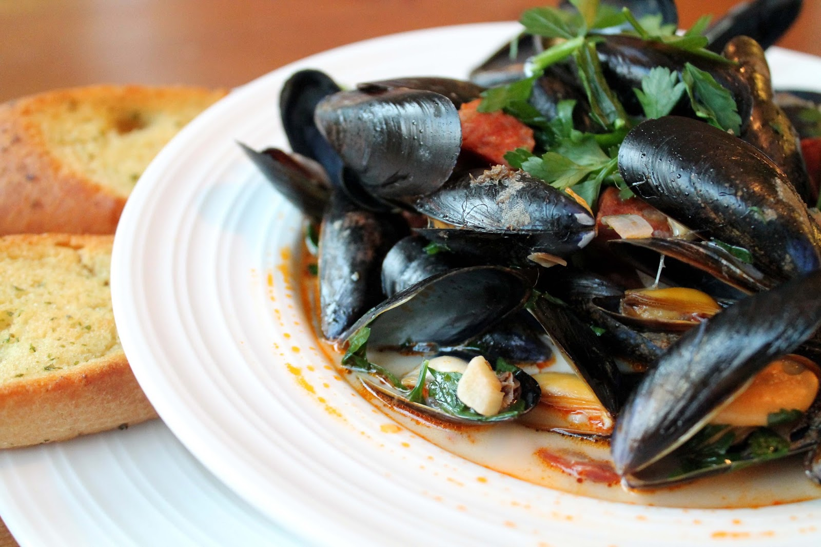 how to clean mussels for cooking