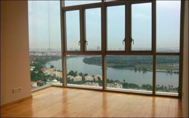 Phòng ngủ chính căn hộ The Vista 2 phòng ngủ view sông