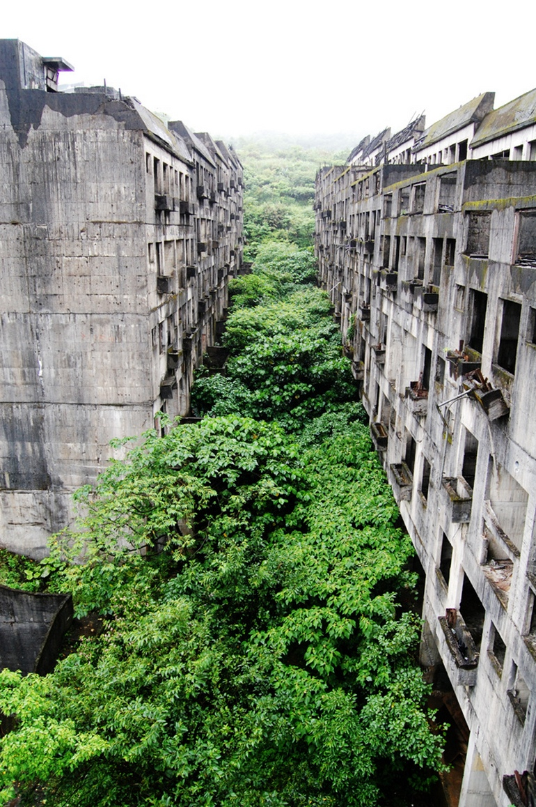 Dirtbin Designs The Most Beautiful Abandon Places In The World
