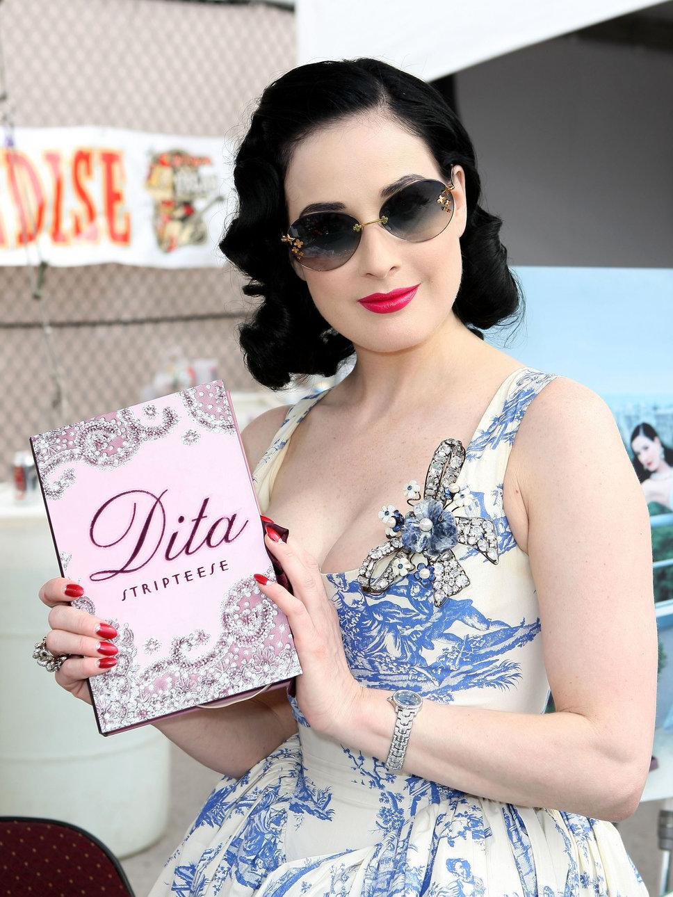 Inspiration beauté vintage: Dita Von Teese