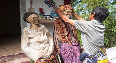 ritual Ma Nene Toraja