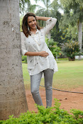 Lakshmi Manchu latest photo shoot gallery-thumbnail-14