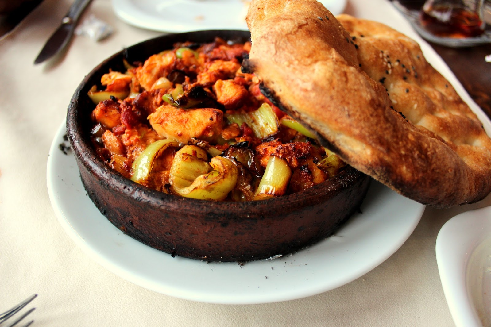 Yam kan travel the land of magical minarets istanbul for Authentic turkish cuisine