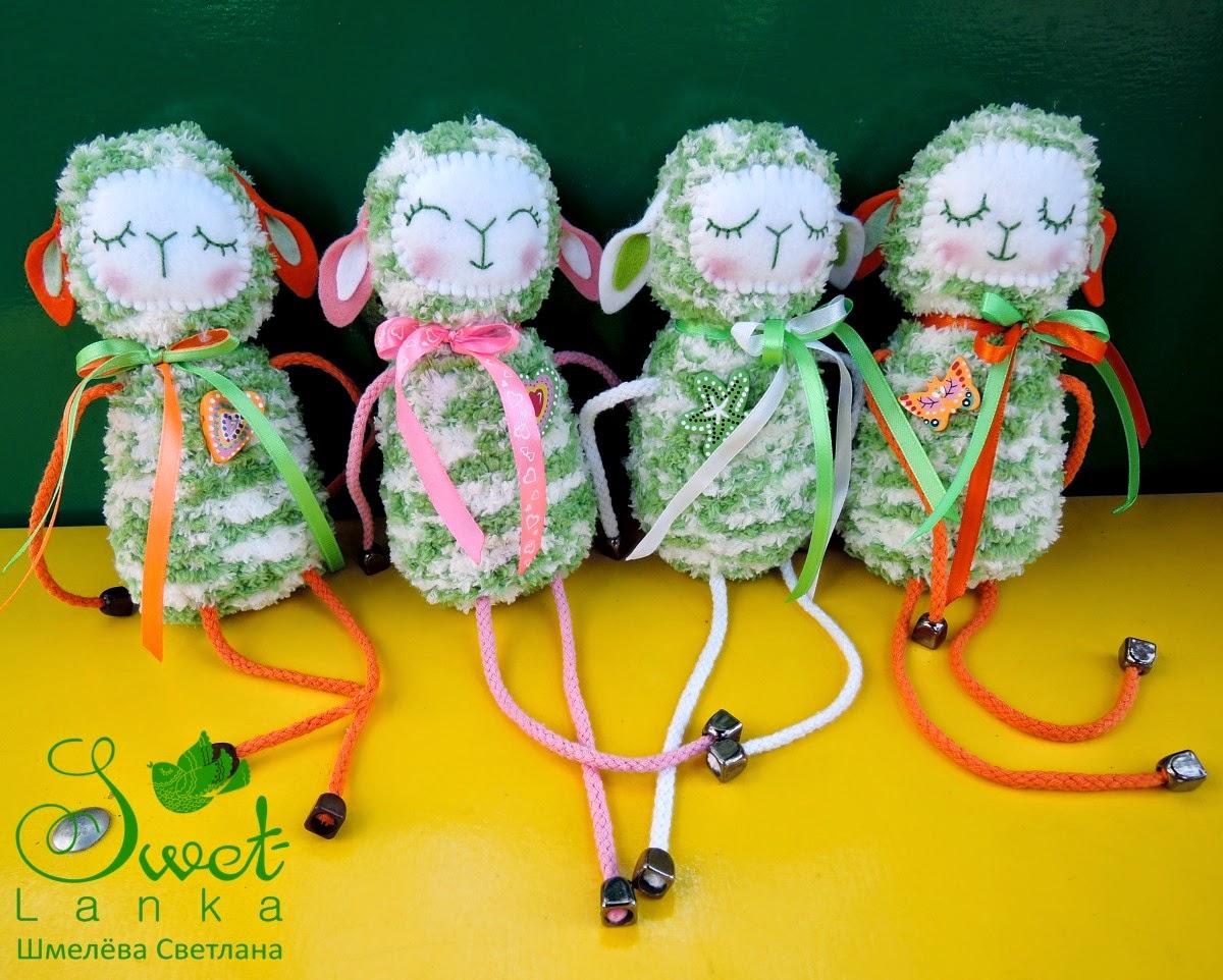 отара зеленых овечек