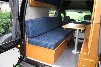 Campingbus: Ford Transit Connect Minicamper